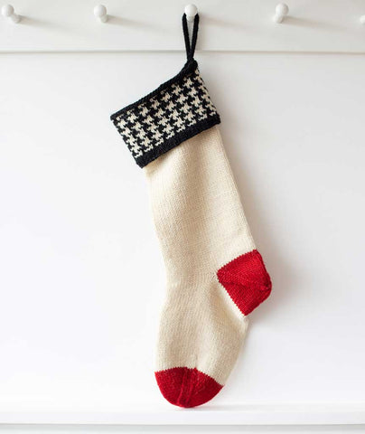 6f2288599 ... Basic Christmas Houndstooth Stocking Using Brown Sheep Lamb s Pride  Worsted ...