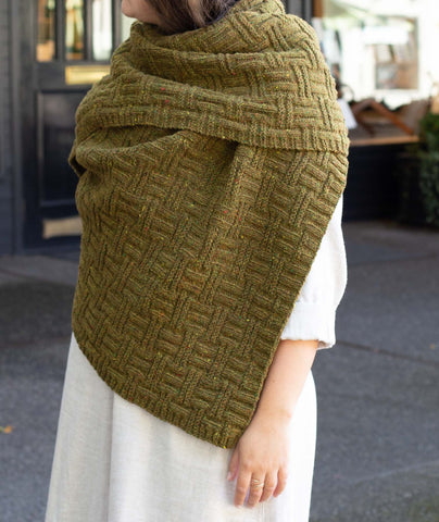 Big & Bigger Basketweave Wrap Using Brooklyn Tweed Shelter