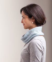 Classroom: Stockinette-Stitch Cowl & Handwarmers Pattern