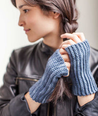 Crocheted Handwarmers: 1 Stitch 3 Ways - Maxima Version