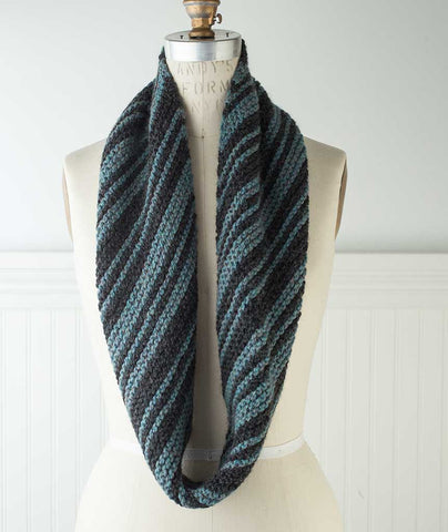 Diagonal Striped Garter Stitch Loop - Ultra Alpaca Chunky Version