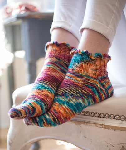 Happy Ruffled Socks Using Manos Alegria