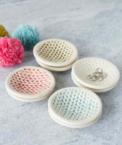 Knitted Dishes - Wash Glaze