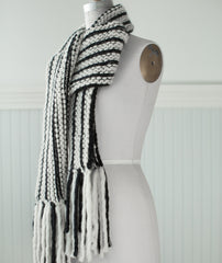 Magic Three-Yarn Scarf Using Blue Sky Fibers Bulky