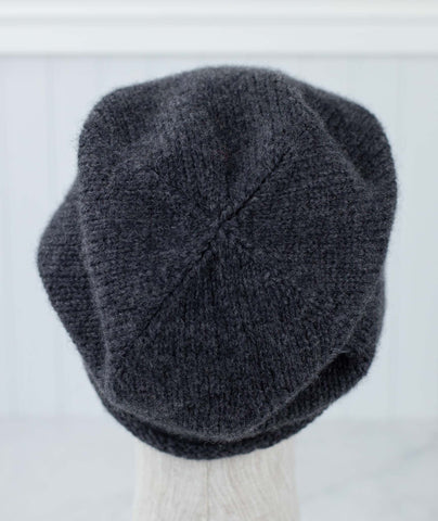 Minimalist Hat Using String Dolcetto DK