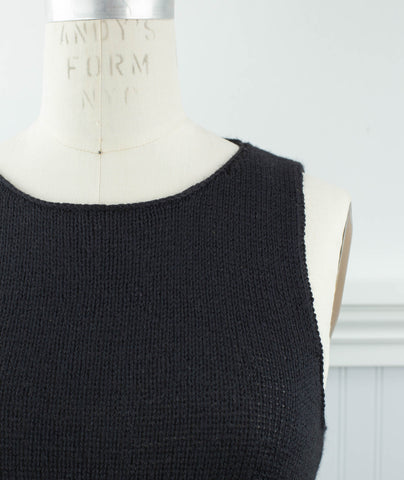 Sleeveless Slipover Using Shibui Lunar