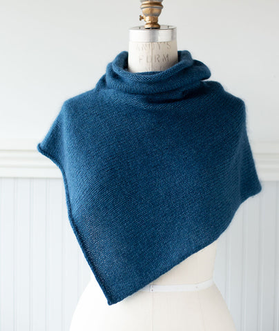 Two-Point Cowl Using Shibui Echo & Silk Cloud