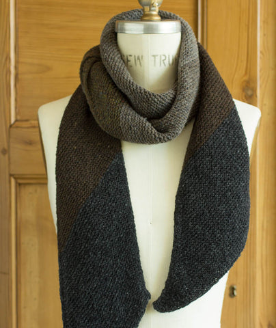 Vector Scarf Using Brooklyn Tweed Loft