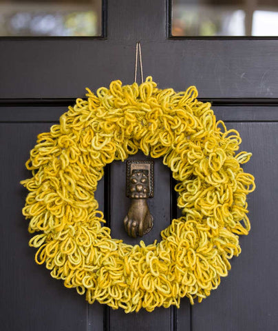 Woolly Wreath & Garland Using Manos Maxima