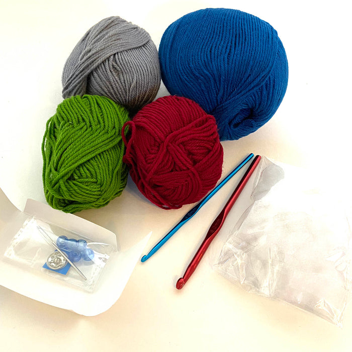 Crochet kit from Smart Fox tin contents