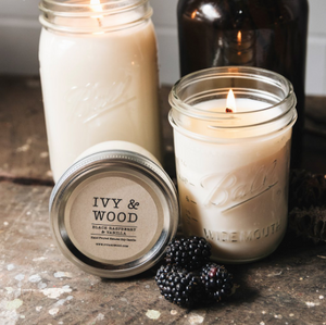 'Black Raspberry & Vanilla' Soy Candle - Ivy & Wood