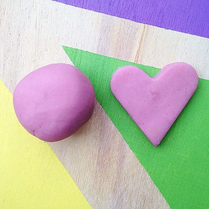 Natural Scented Playdough in 'Pink Grapefruit'