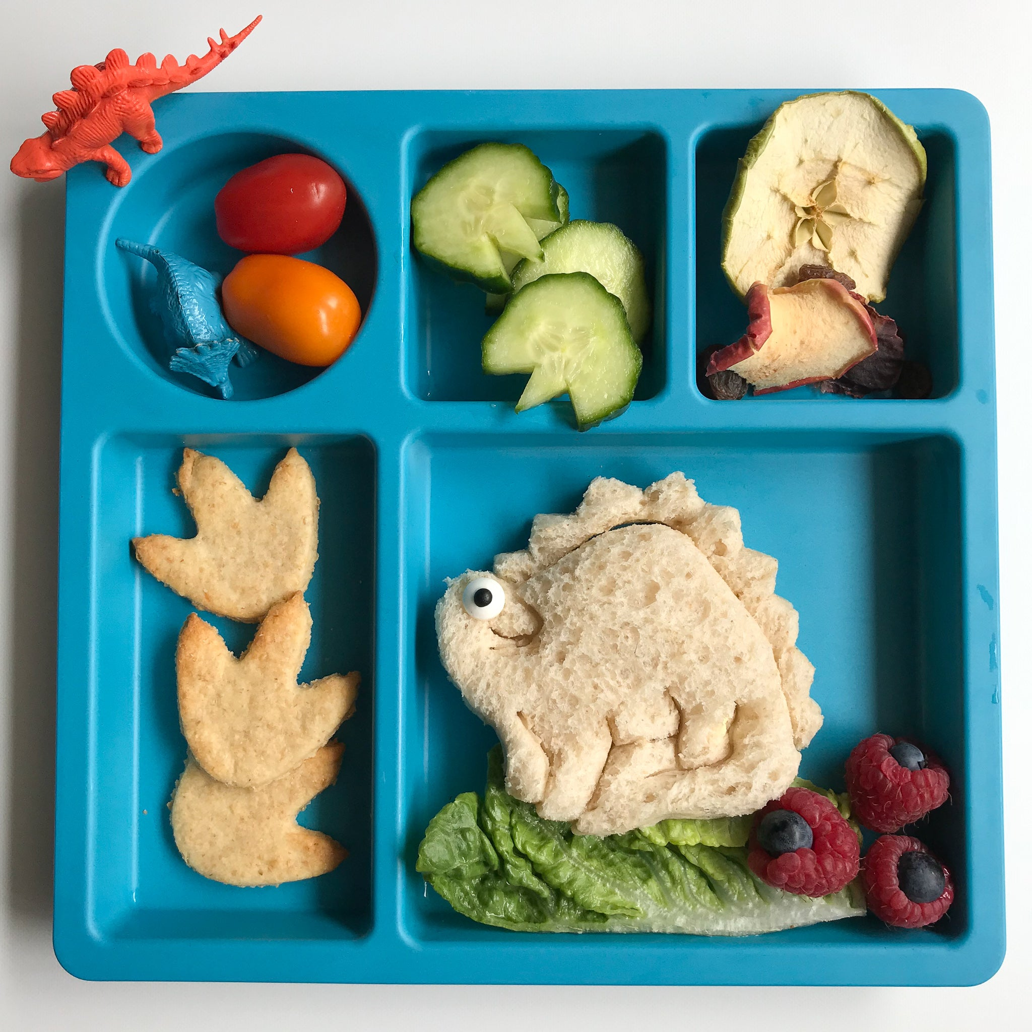 Lunch Punch Sandwich Cutters - Dinosaurs