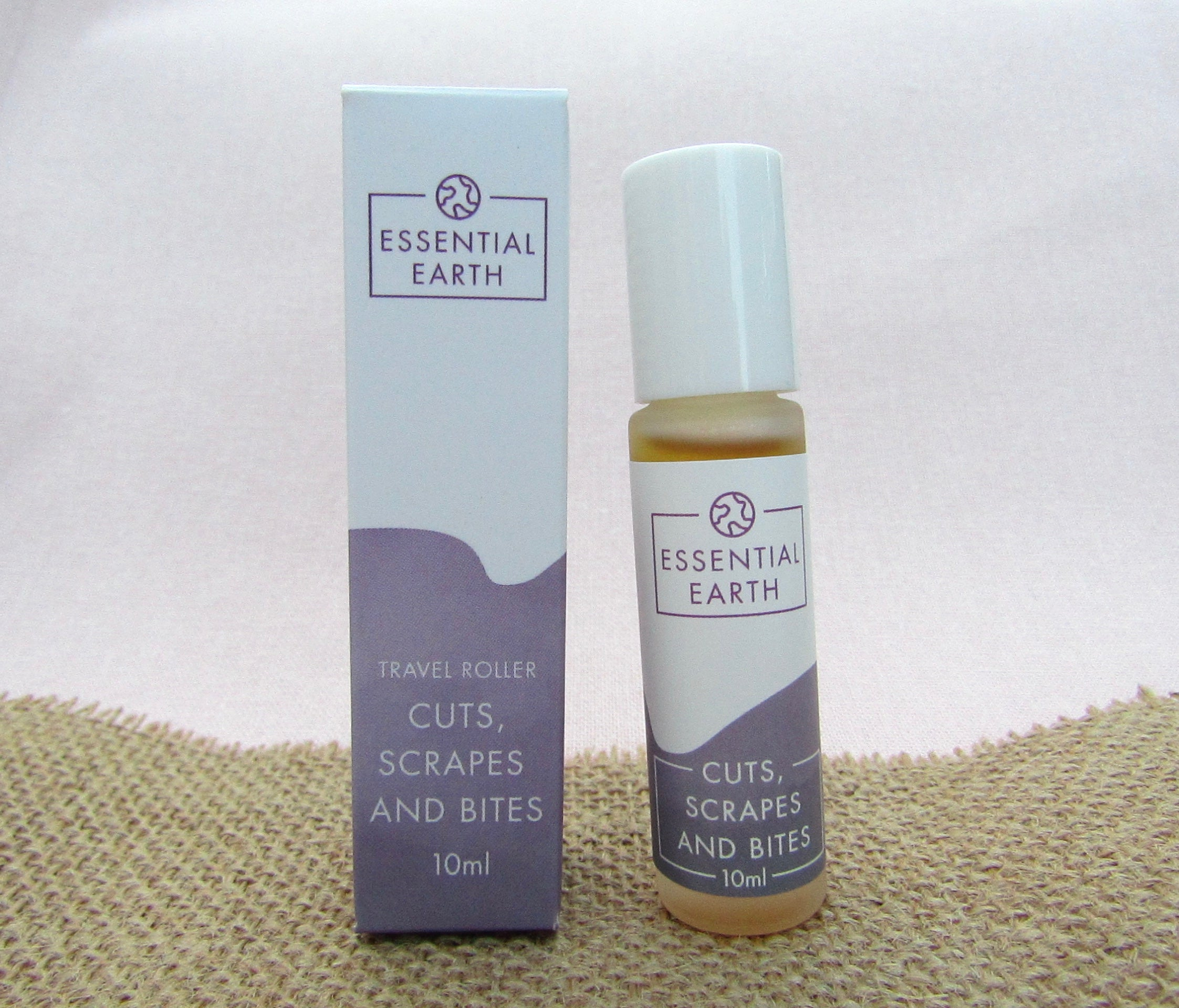 'Cuts, Scrapes and Bites' Essential Oil Roller - Essential Earth