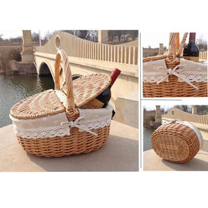 Enjoy lunch with wine packed in our wicker picnic baskets