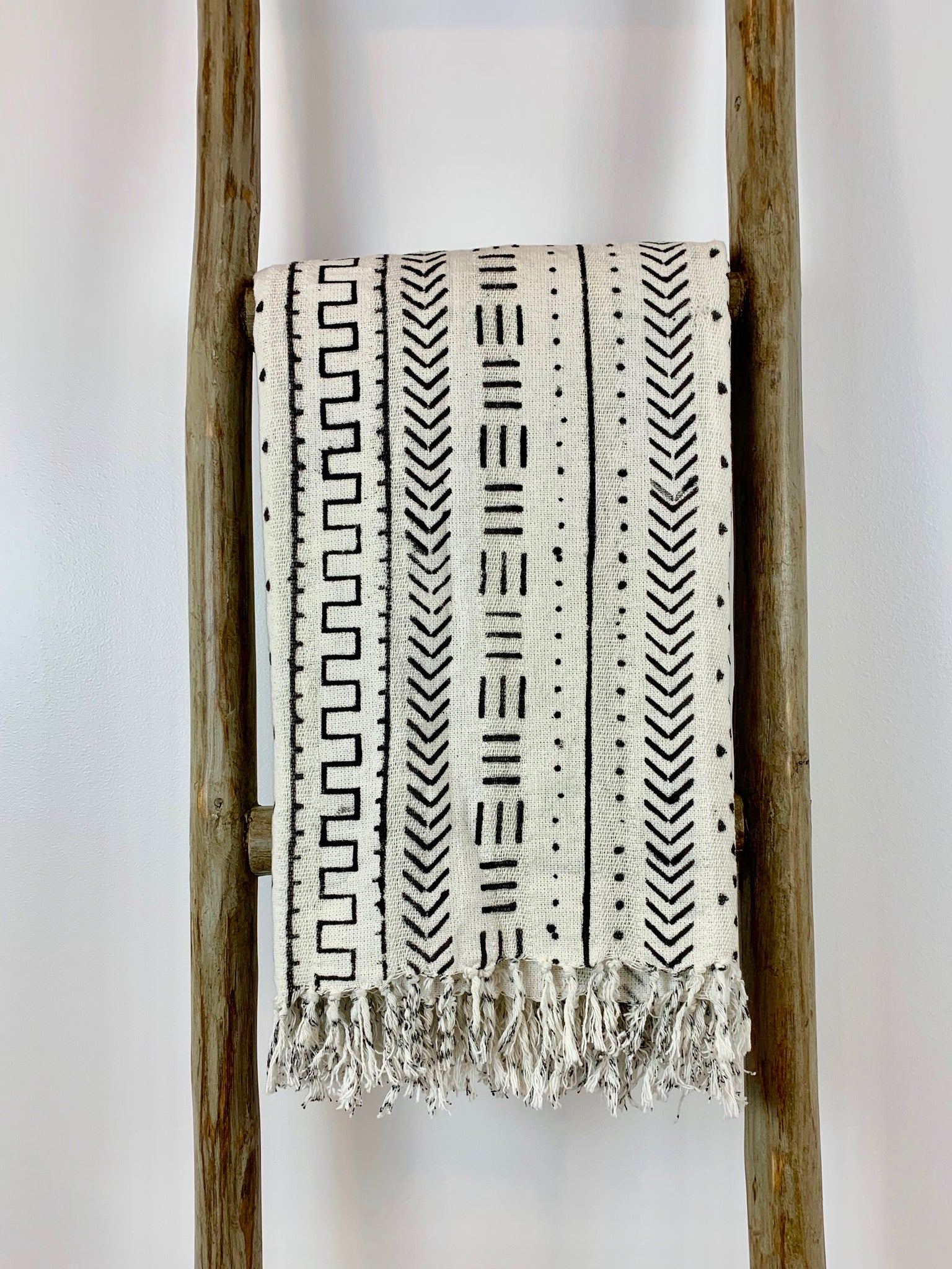 Handwoven White & Black Printed Throw Blanket