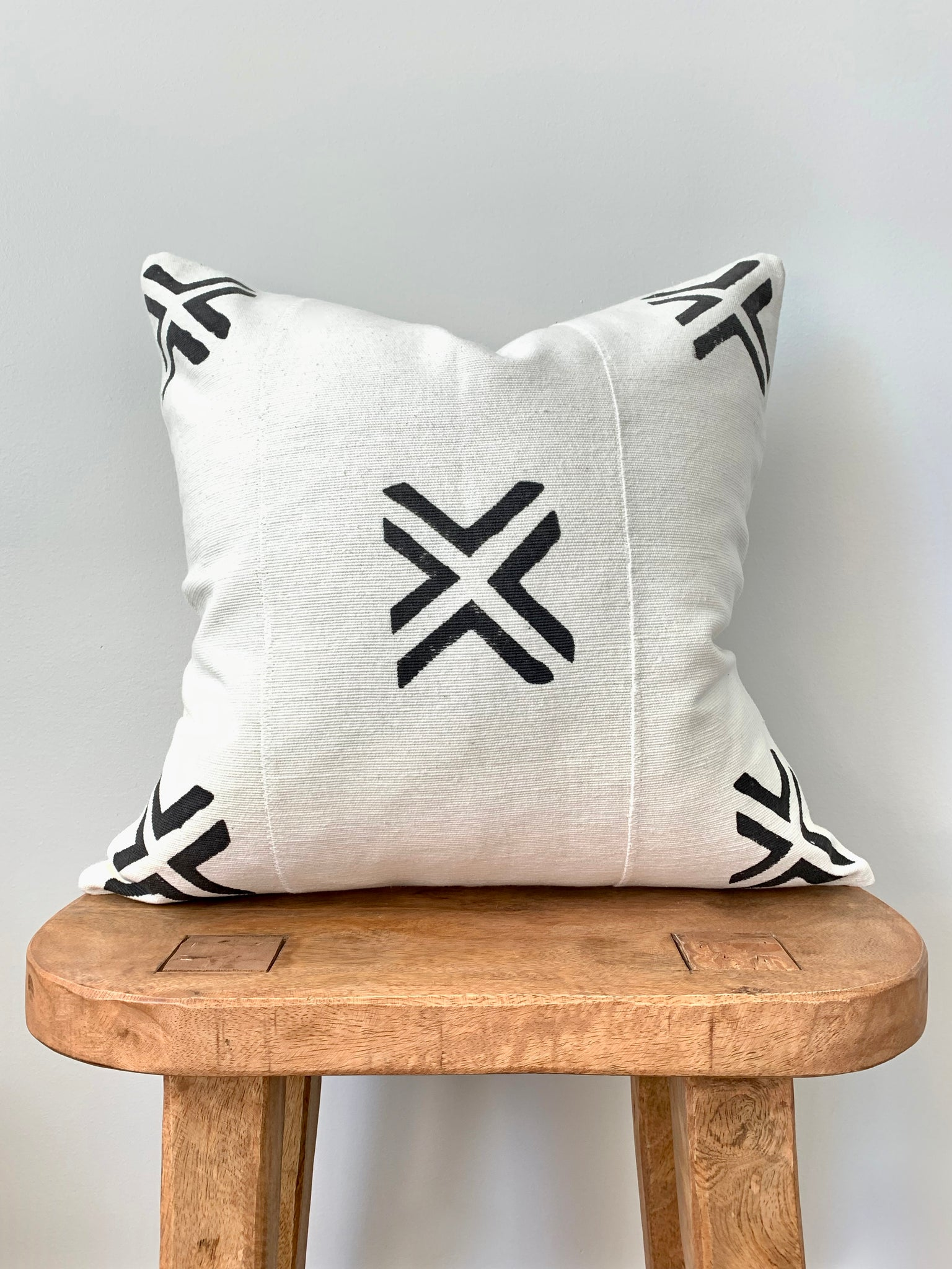 Double X Mudcloth Pillow Cover