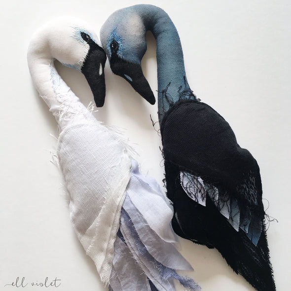 Soft Sculpture Swan Wall Hanging (Single)
