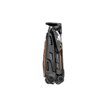 Load image into Gallery viewer, Leatherman MUT® MultiTool Black utility