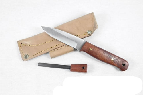 Bushcraft knife with firestrike