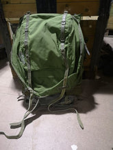 Load image into Gallery viewer, Swedish Army LK70 Rucksack