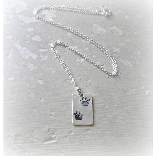 Contempo Jewelry Hammered Double Paw Print Sterling Necklace 18
