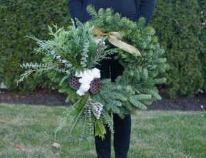 Holiday Wreaths & Wine Tasting - Tuesday, December 3rd - 6:30pm