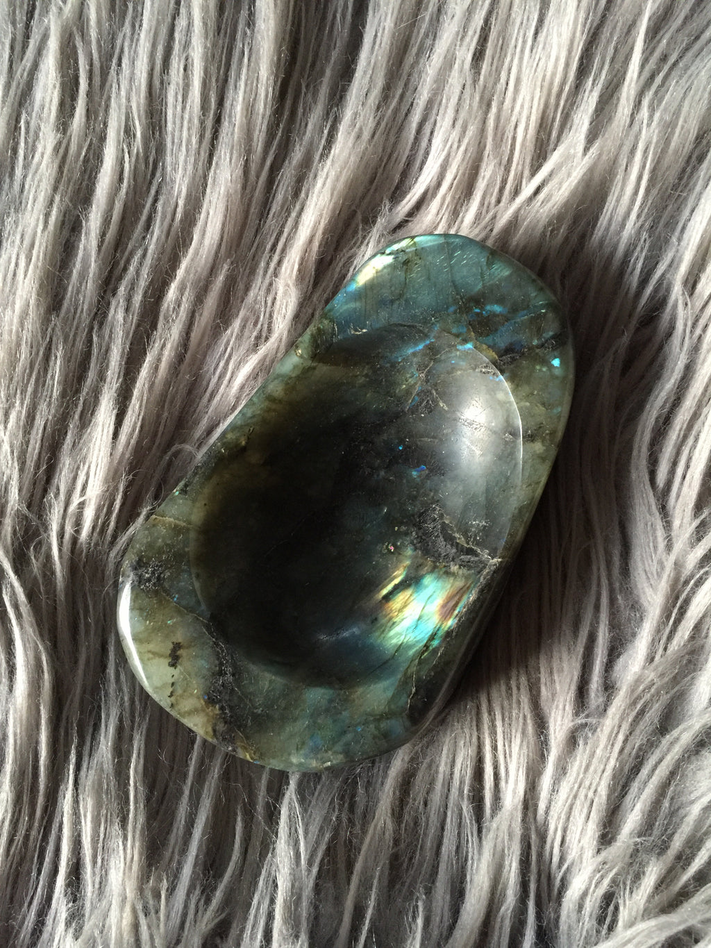 Labradorite Bowl - Wilde Mountain Crystals