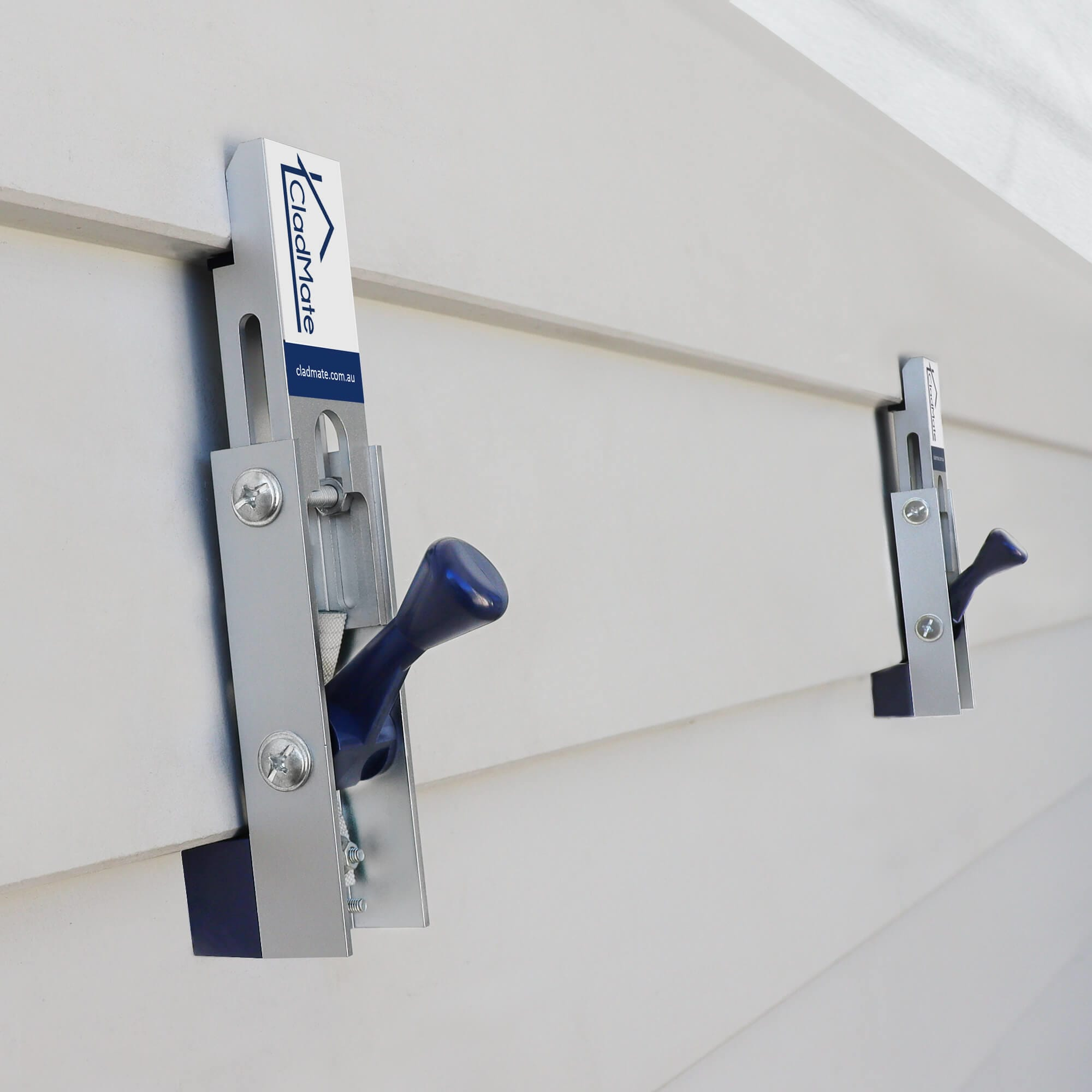 CladMate WeatherBoard Clamps Holding Scyon Linea