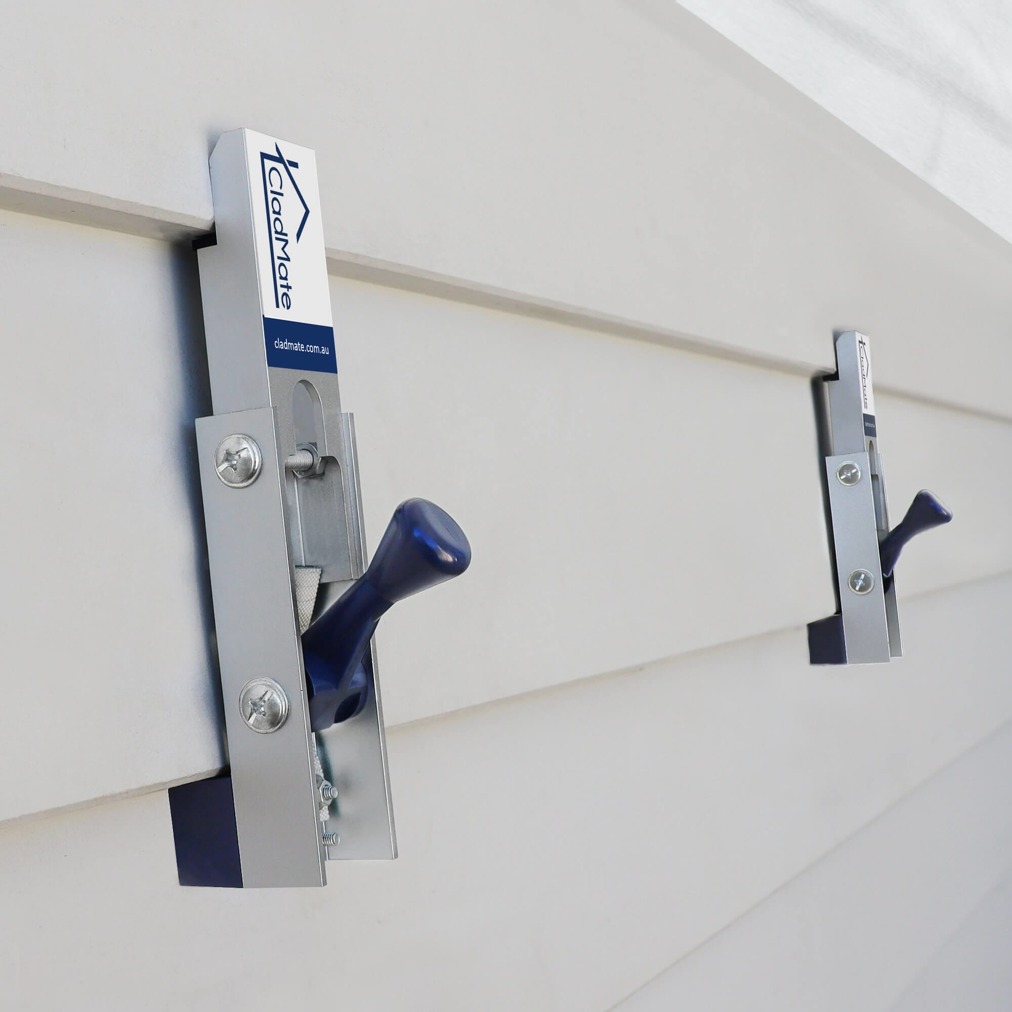 CladMate WeatherBoard Clamps Holding Scyon Linea WeatherBoards
