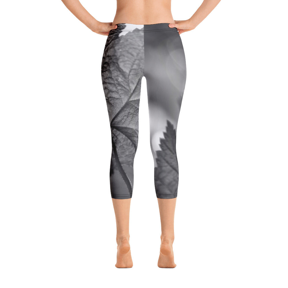 Capri Leggings - Black and White - Abstract