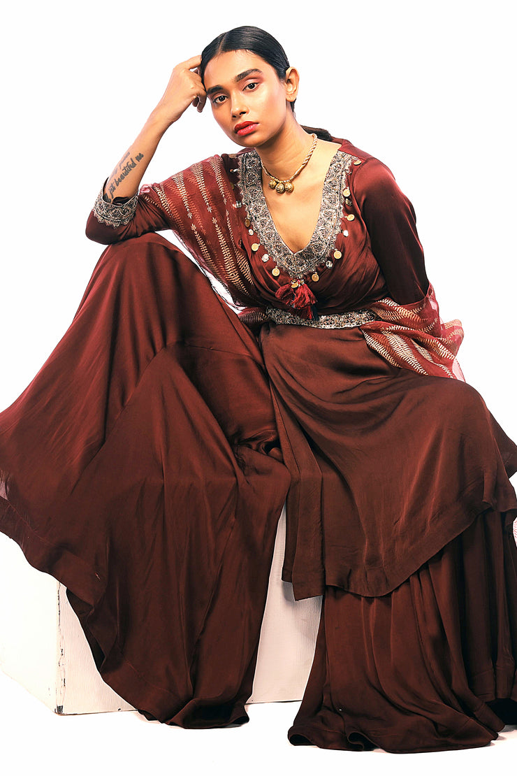 Burgandy Embroidered Kurta With Flared Pants & Embroidered Belt