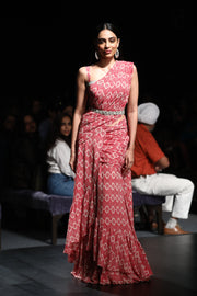 A Printed Pre-Stitched Drape Saree With An Embellished Printed Blouse & An Embroidered Cut-Work Belt
