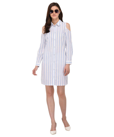 Lozanoo shirt dress with long sleeves and shoulder cut.
