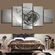 Load image into Gallery viewer, HD Printed 5 Pieces Black And White Glass Rose