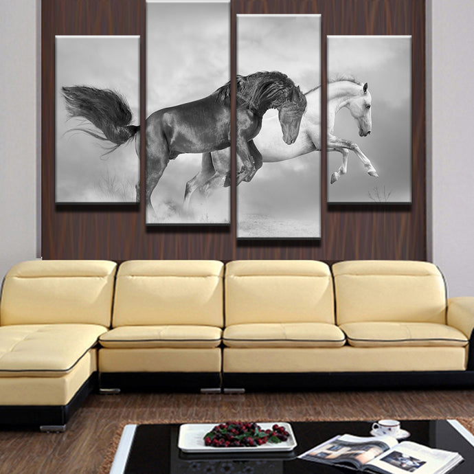 4 Pieces White And Black Horses