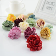 Load image into Gallery viewer, 100pcs European retro Silk tea roses head wedding decor for home accessories Candy box gift diy Bride bouquet Artificial flowers