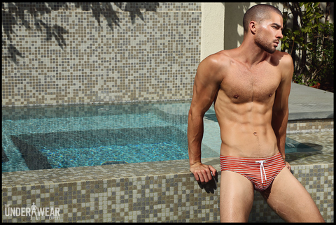 the-underwear-expert-parke-ronen-stylish-swim-april-2016