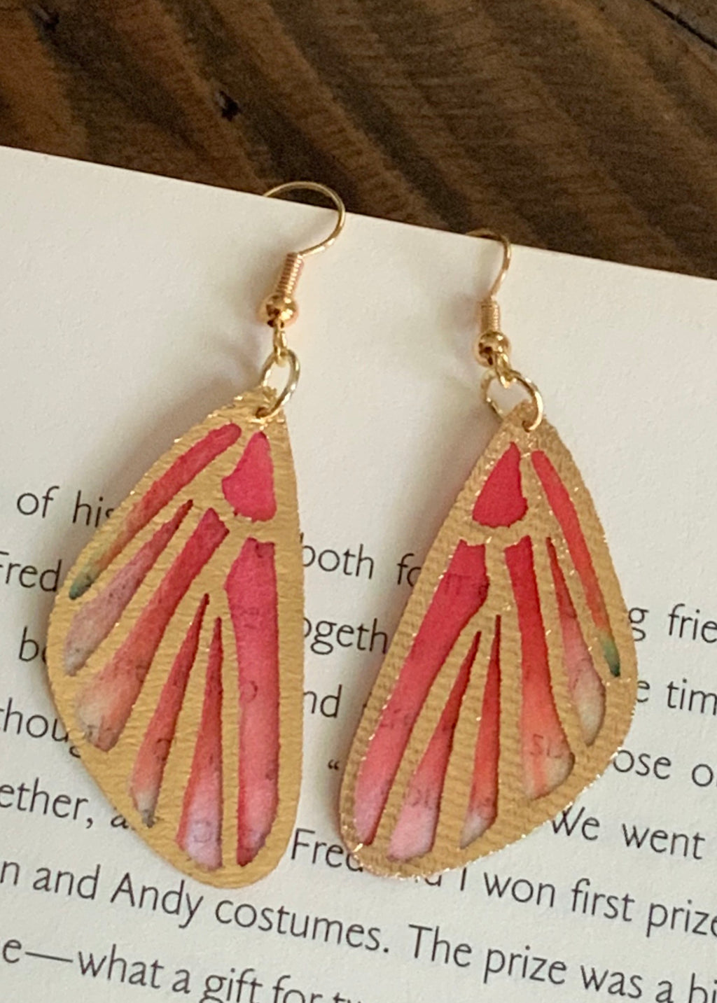 Mariposa Earrings-Coral