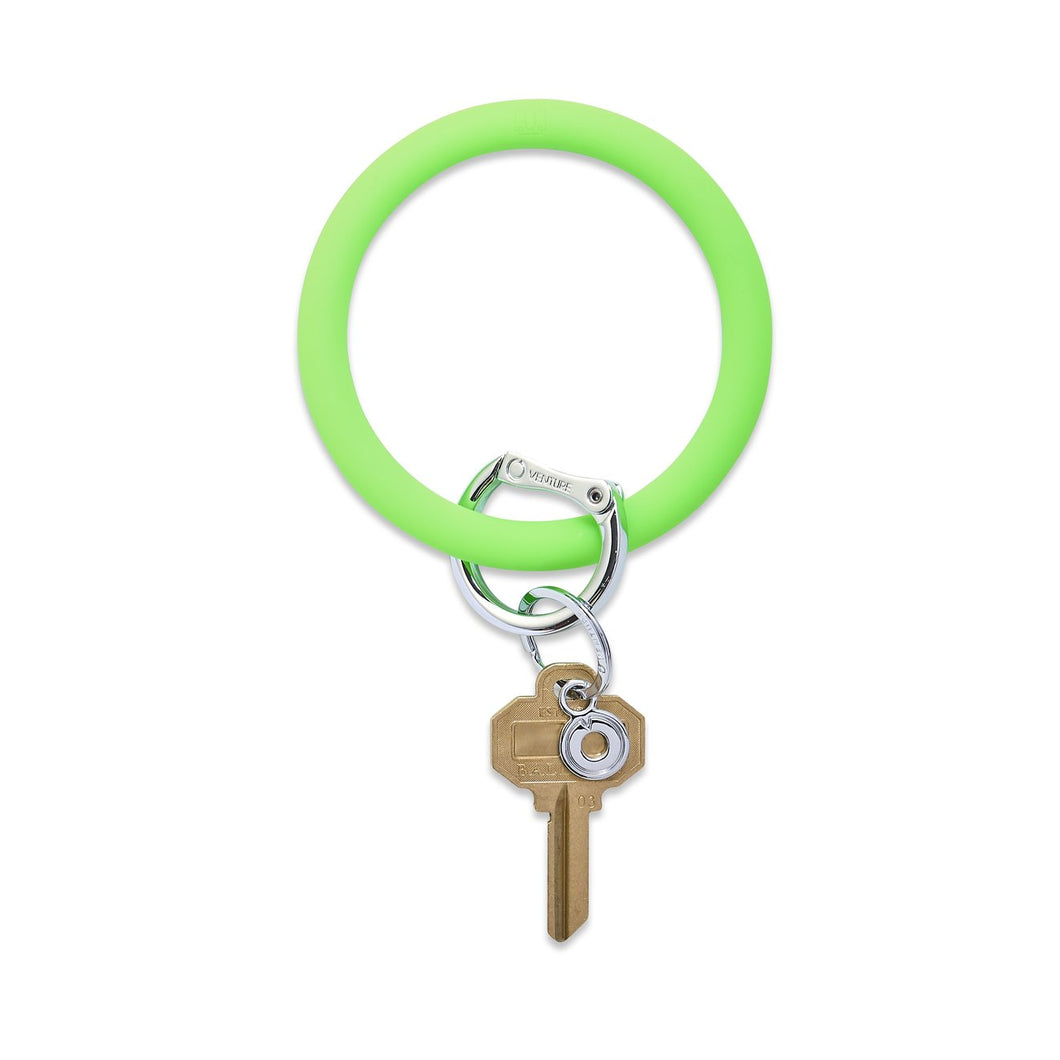 Silicone Big O keyring - In the Grass