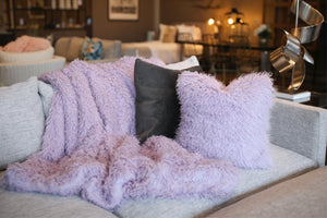 Pastel Iris Purple Vegan Faukati™ Fur Accent Throw | Imitation Wool Faux Fur Interior Decor - Furmanity