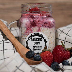 Everything Berries Overnight Oats - milkingcowsg