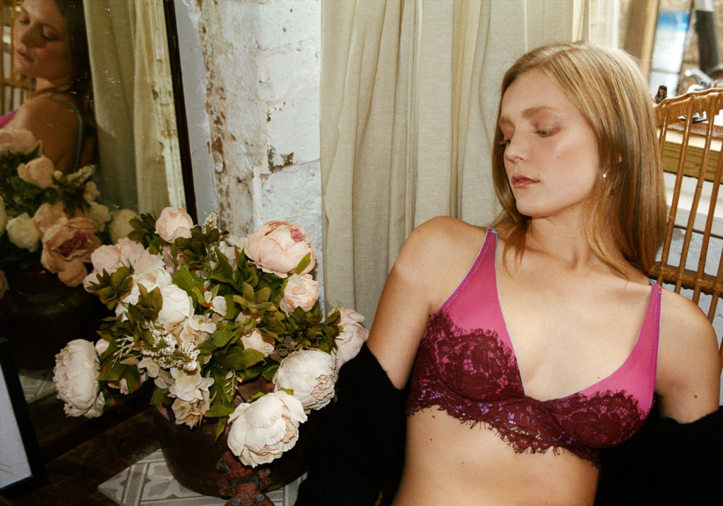 Dora Larsen AW19 lookbook | Colourful Lingerie‎ - Rosa high apex underwire bra and low rise tanga knicker underwear set