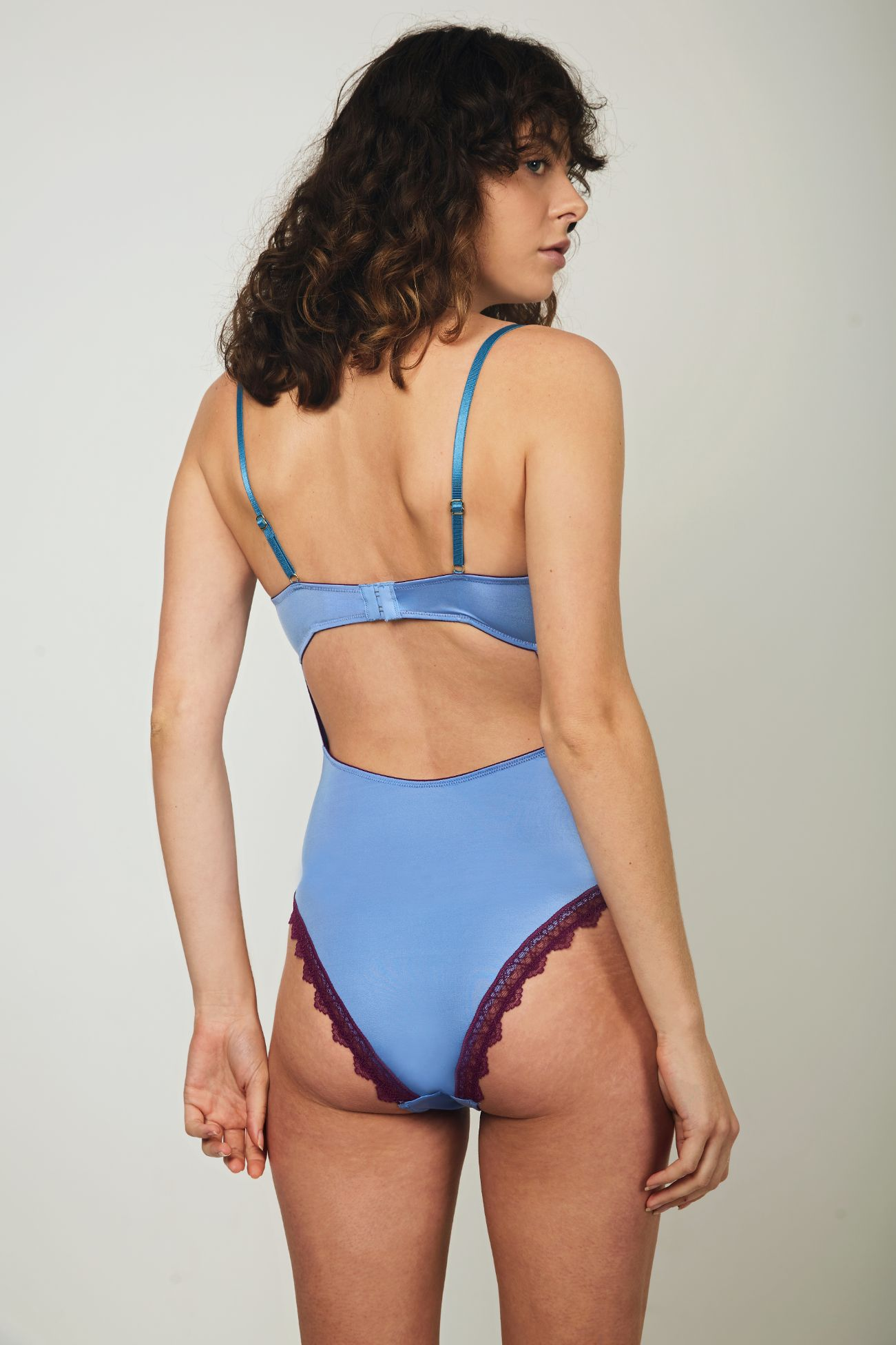 Paige Silky Underwired Body - Dora Larsen | Colourful Lingerie