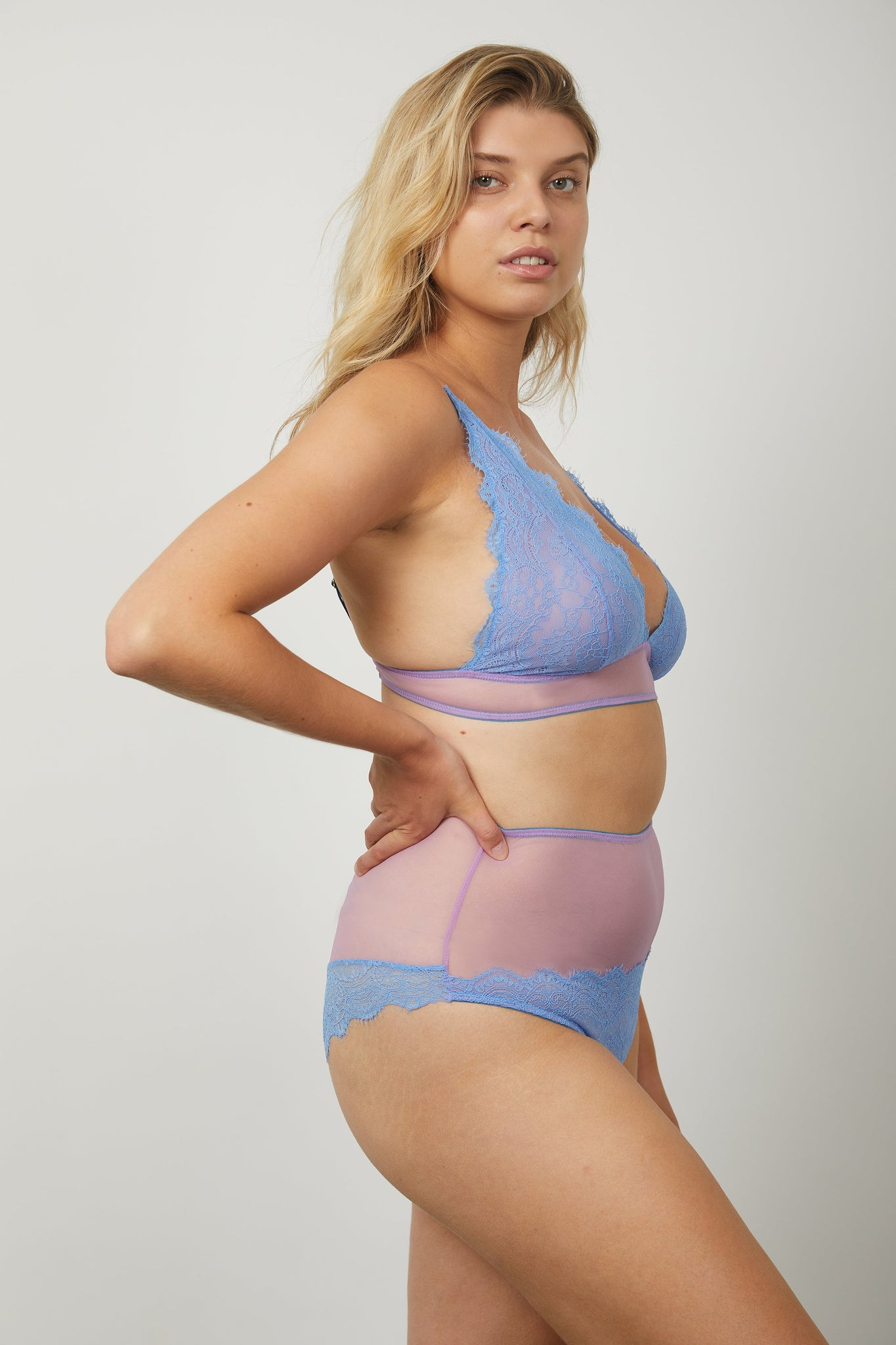 Jessica High Apex Triangle Bra - Dora Larsen | Colourful Lingerie