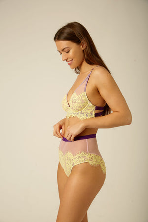 Evie High Apex Underwire Bra - Dora Larsen | Colourful Lingerie‎