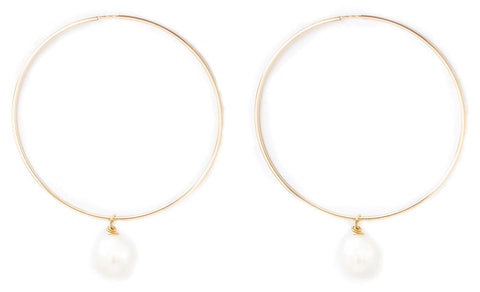 taudrey gold hoops with pearl detail