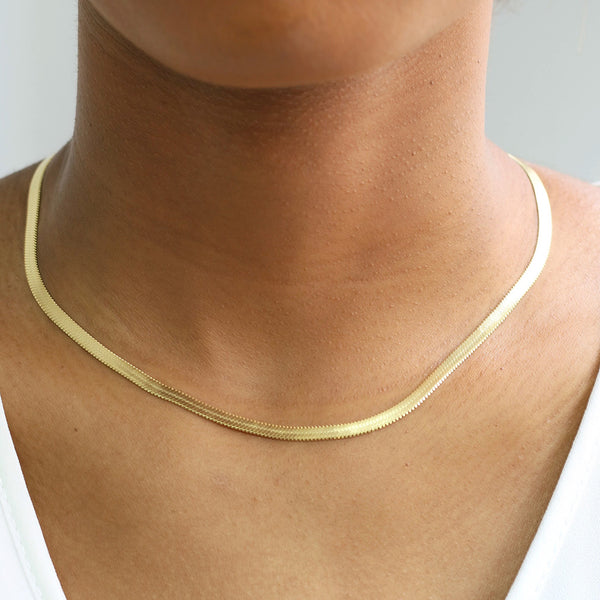 taudrey happiness herringbone gold necklace