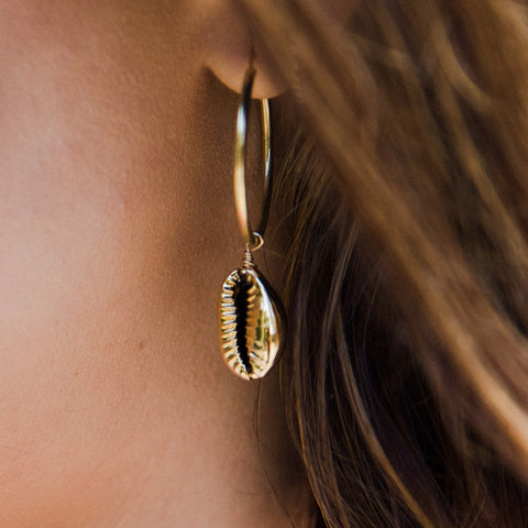 taudrye kelly saks playa collection collab gold filled hoops shell detail
