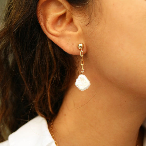 taudrey natural beauty natural pearls drop earrings styled